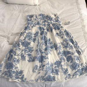 Gap strapless tea dress